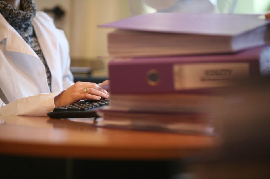 Skontrolowane placówki podrasowały dokumentację medyczną