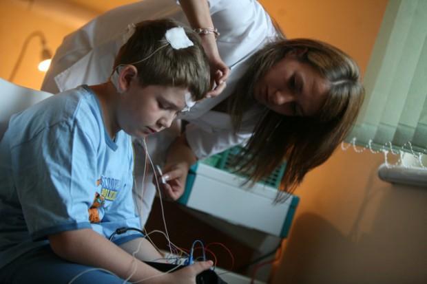 Polscy uczniowie zaniedbani przez ochronę zdrowia
