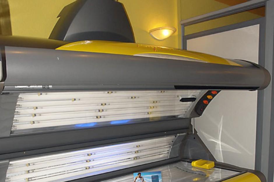 Bundestag przegania niepełnoletnich z solariów. My też powinniśmy?