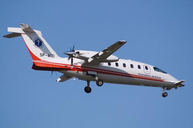 Wakacyjne powroty na pokładzie samolotu LPR są kosztowne, trzeba więc wiedzieć, że... przezorny jest ubezpieczony