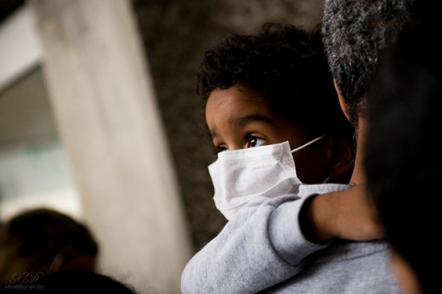 Francja: zmutowany wirus A/H1N1 atakuje płuca