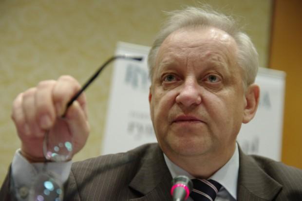 Bolesław Piecha o kryzysie w ochronie zdrowia: czekamy na kozła ofiarnego