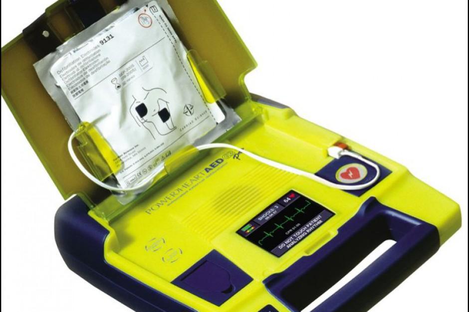 Szczecin: urzędnicy kupili sobie defibrylator