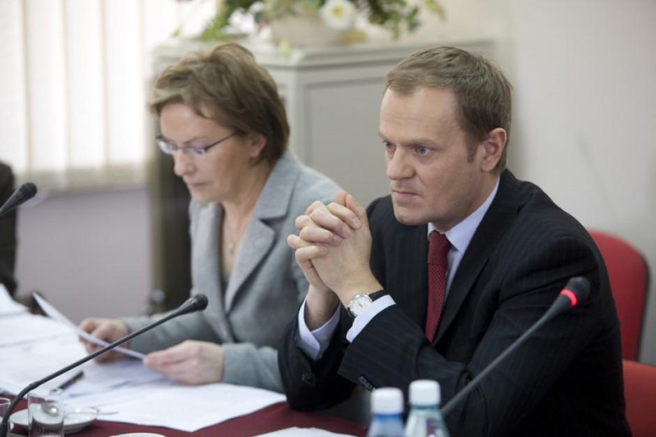 Premier obiecuje środki na przekształcenia szpitali w 2010 roku