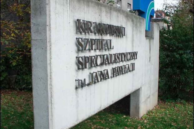 Kraków: lekarze, aptekarze, pielęgniarki punktują resort i NFZ