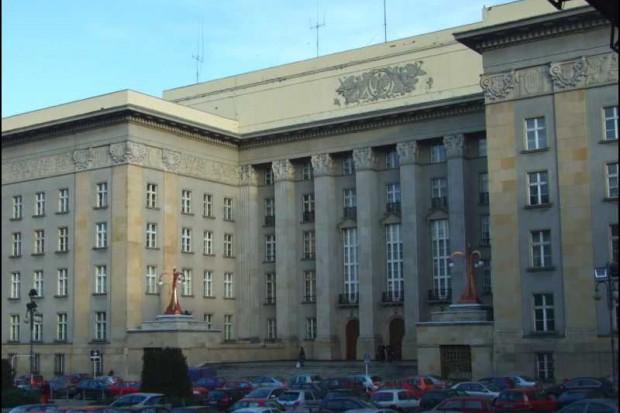 Śląskie: radni wojewódzcy proszą o więcej
