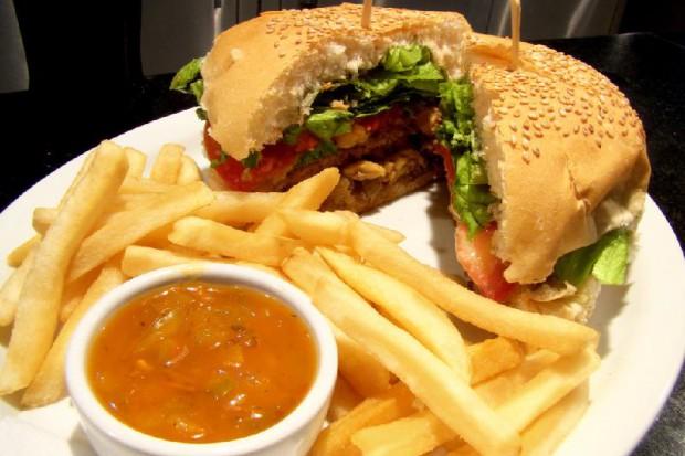 Gimnazjaliści poznają zasady zdrowego żywienia