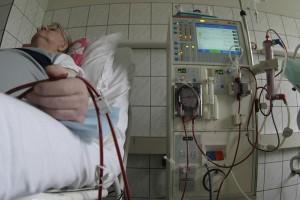 Dializowani: Decyzja NFZ zagrożeniem dla naszego życia