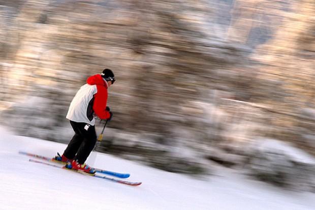 NFZ: wyjeżdżasz na narty, pamiętaj o EKUZ