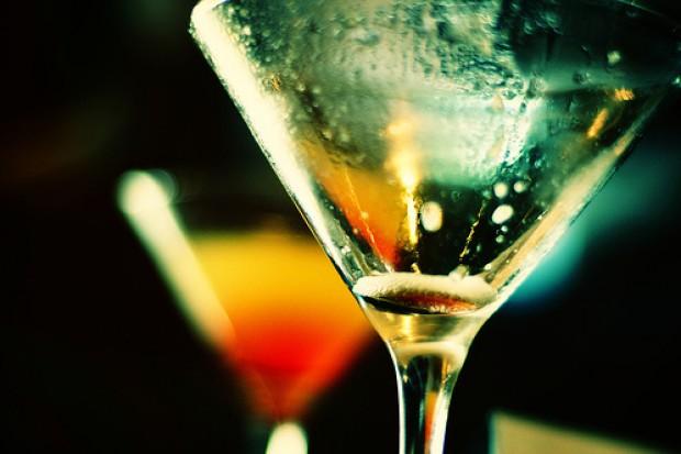 Naukowcy o związku alkoholu z nowotworami