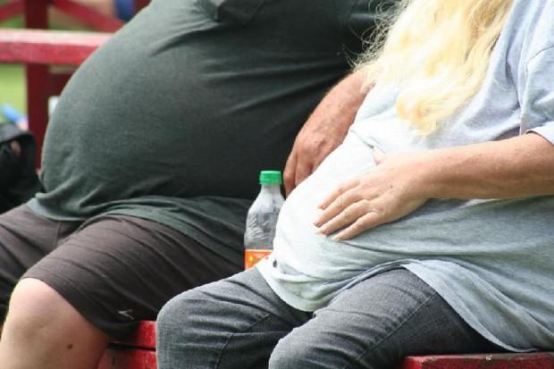 Schudnij, bo otyłość zwiększa ryzyko udaru mózgu!