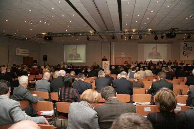 Krajowy Zjazd Lekarzy: apel do premiera o więcej pieniędzy na ochronę zdrowia