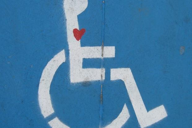 Nowe serwisy społecznościowe dla niepełnosprawnych i nosicieli HIV