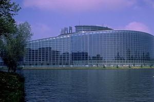 Europarlamet za ułatwieniem dostępu do antykoncepcji i aborcji