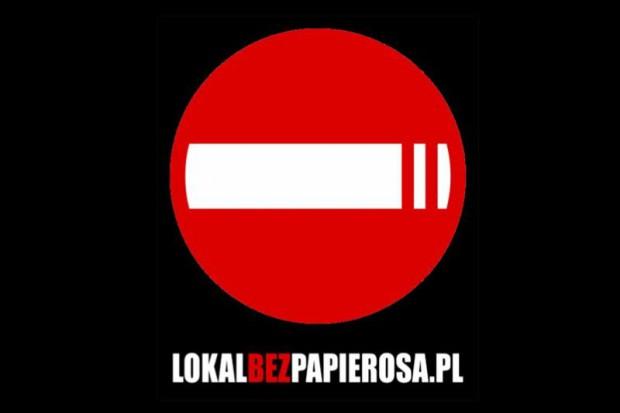 Lublin: nałogowcy nie przejmują się zakazem palenia