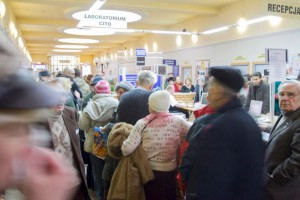 Warszawa: pół roku w kolejce do lekarza