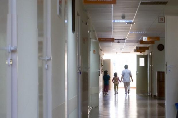Nakazu nie było - szpitale, w których nie boli i tak powstają...
