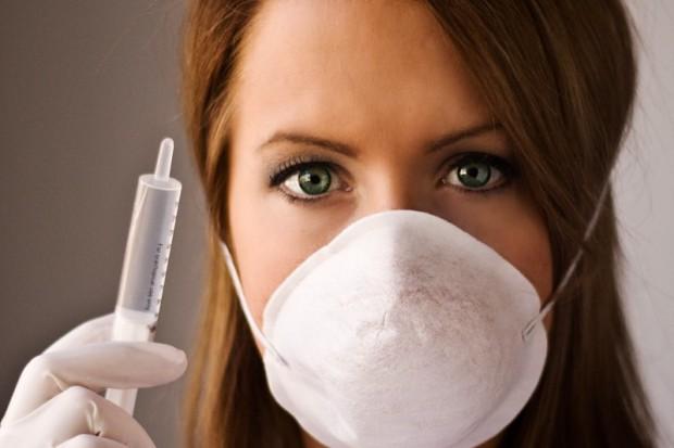 UE wzmocni ochronę pracowników sektora medycznego przed zużytymi igłami
