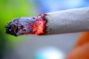 Dwóch posłów PO głosowało przeciw liberalizacji zakazu palenia