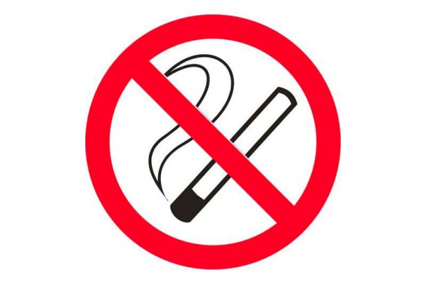 Jedni zarabiająna paleniu, inni na walce z tym nałogiem