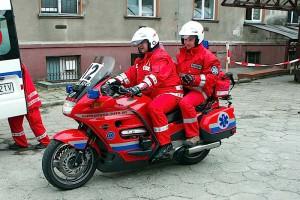 Pomysł na uliczne korki: pogotowie ratunkowe przyjeżdża motocyklem