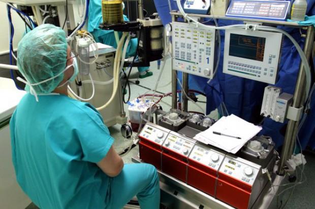 Pierwsza transplantacja serca w Poznaniu