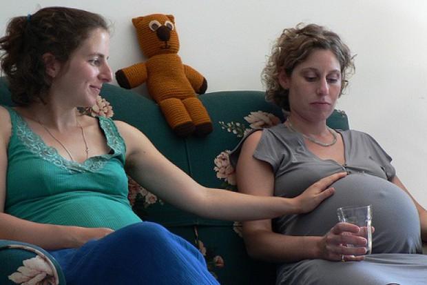 11 proc. Polek pali, a 14 proc. pije alkohol w czasie ciąży