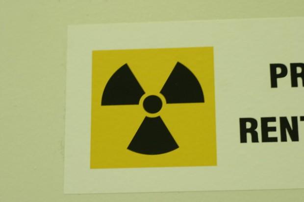 Resort zdrowia: rentgen nie jest konieczny do zawarcia kontraktu