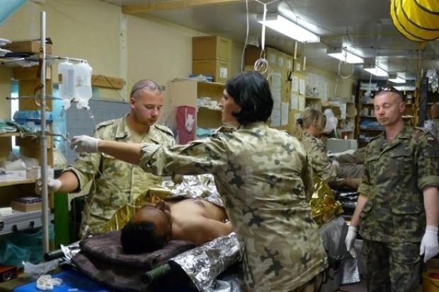 Ukraińscy lekarze muszą wspomóc obsługę polskiego szpitala w Afganistanie