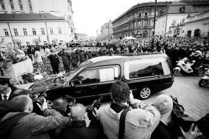 Kraków: na pogrzeb pary prezydenckiej przyjedzie cały świat