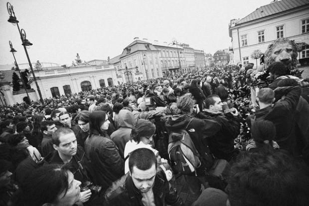 Warszawa i Kraków pożegnają prezydencką parę: pogotowie i szpitale w pełnej gotowości