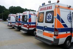 Katowice: kolejne karetki wyjechały po rannych w wypadku na Słowacji