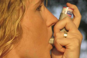 Astmę i przewlekły katar trzeba leczyć razem