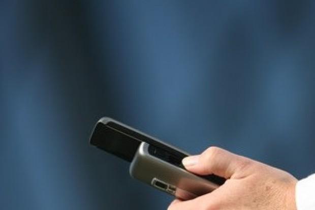 WHO: nadal nie wiadomo, czy telefony komórkowe szkodzą zdrowiu