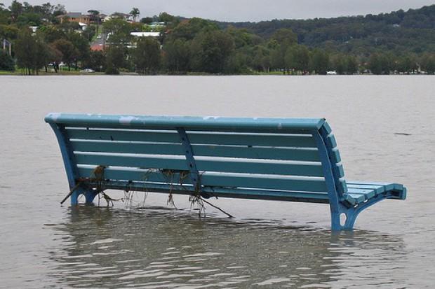 Sanepid uczy jak unikać zakażenia podczas powodzi
