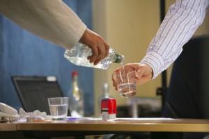 Samorząd pomaga uzależnionym (od alkoholu) lekarzom