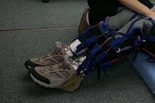 Wrocław: uczą chodzić niepełnosprawnych