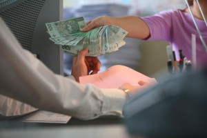 Łódzkie: NFZ będzie musiał zwrócić poradni pieniądze