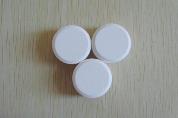 Uwaga na wapń w tabletkach