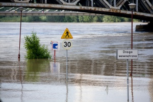 Powódź: wygrać z wodą i zagrożeniami dla zdrowia