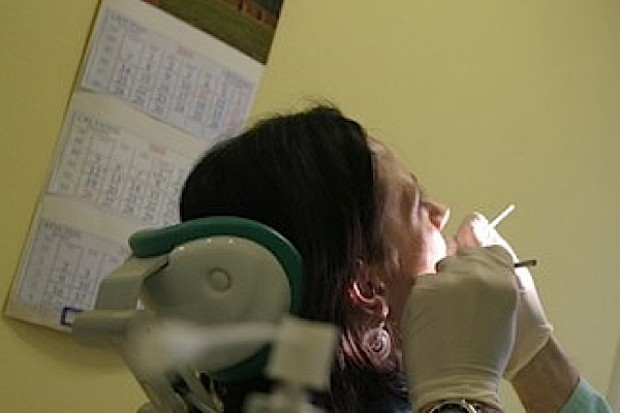 Podhale: ukraińscy dentyści leczyli mimo braku uprawnień