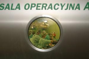 Błaszczak: trzymamy PO za słowo w sprawie szpitali