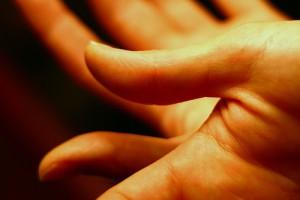 Trzebnica: pacjent z przeszczepionymi rękami czuje się lepiej