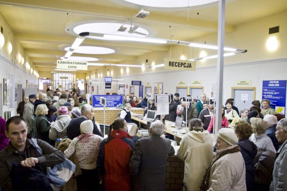 Mazowsze: kolejki do poradni specjalistycznych coraz dłuższe