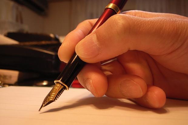 Katowice: dyrekcja restrukturyzuje, związkowcy listy piszą