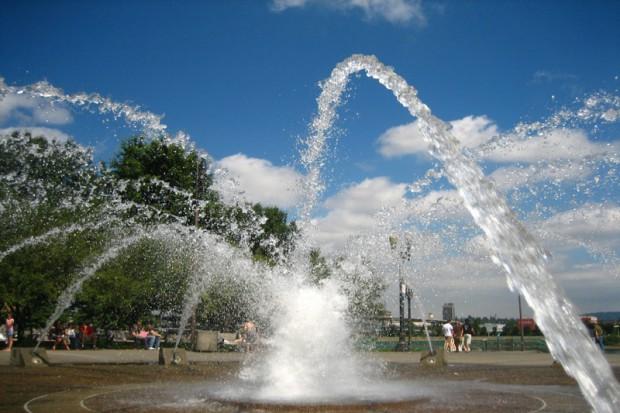 Zielona Góra: sanepid ostrzega przed wodą w fontannie