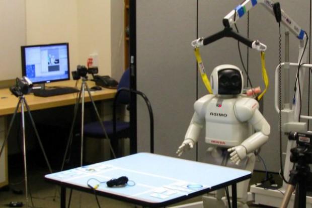 Robot ze sztucznym jelitem