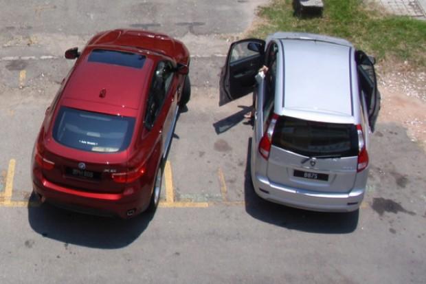 MZ: opłata za parking przy lecznicy nie narusza praw pacjentów