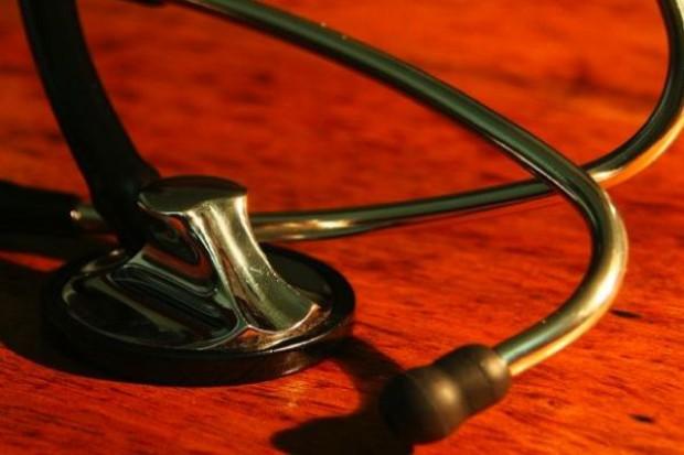 Sąd prawomocnie: lekarz nie może odmówić udzielenia pomocy