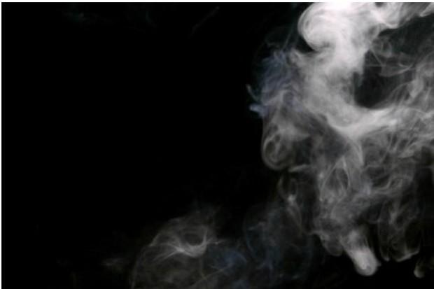 Robot, który pali jak nałogowiec